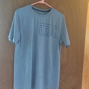 Other - Men's medium under armor shirt